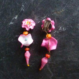clips boucles d'oreilles églantines roses longues