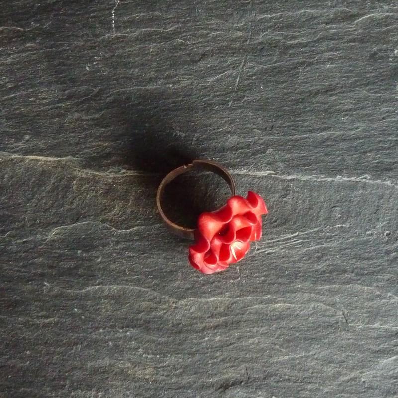 bague églantine rouge